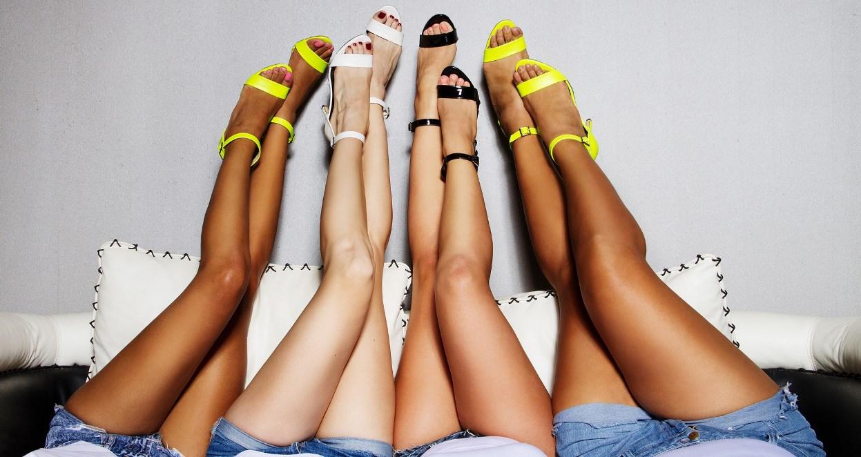 Womens size 11 kitten heel shoes