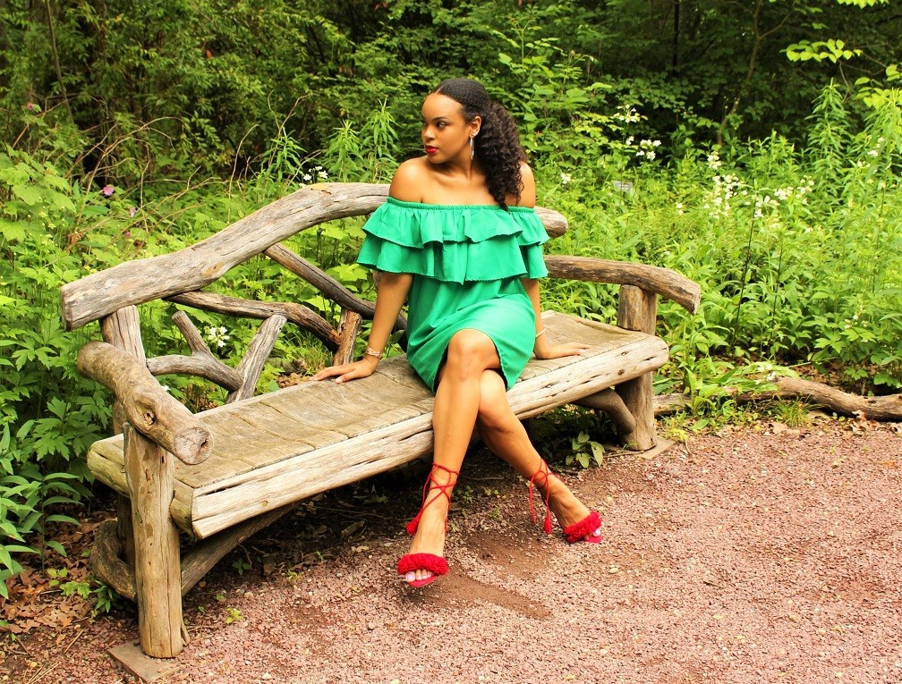 green dress red heels